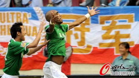 2009年中超第28轮:上海申花1-1杭州绿城