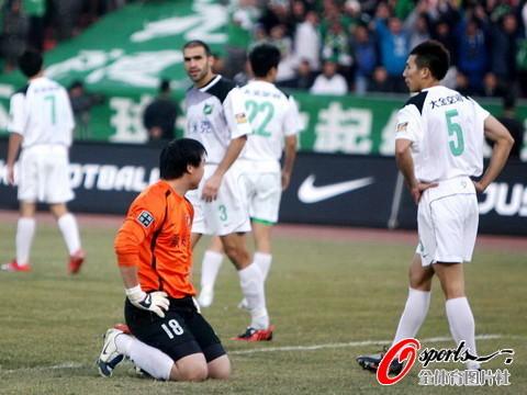 2009年中超第30轮:北京国安4-0杭州绿城