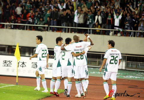 2008年中超第24轮:浙江绿城2-1陕西浐灞