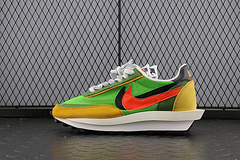 PK Sacai x Nike LVD Waffle Daybreak 联名走秀款 网纱皮面拼接 双勾Swoosh跑步鞋 BV0073-300