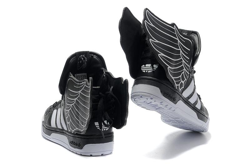 天使的翅膀 阿迪达斯情侣翅膀鞋 adidas流行高帮校园鞋图片,天使的翅膀 阿迪达斯情侣翅膀鞋 adidas流行高帮校园鞋图片大全,胡龙辉