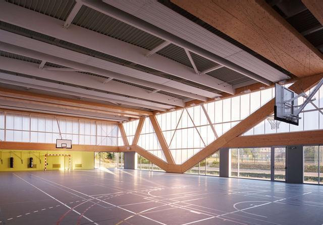 法国娜塔莉•马克莱尔体育馆设计