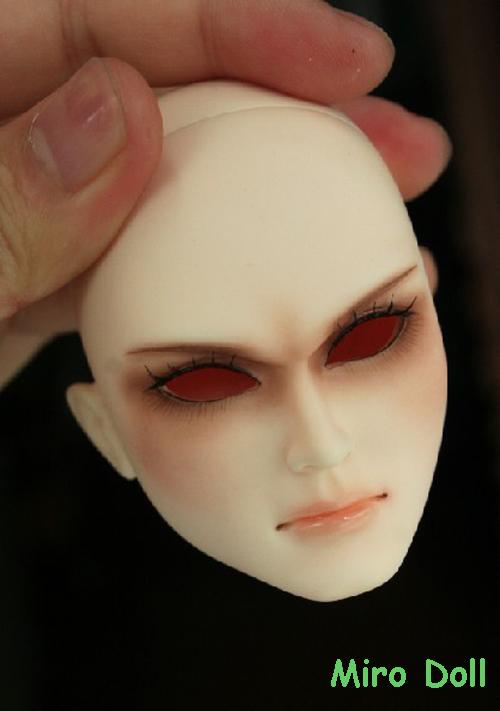 Miro Faceup (4)