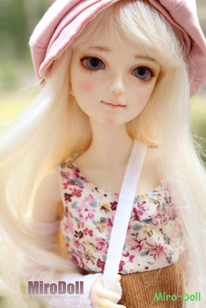 Lili of Spring 33