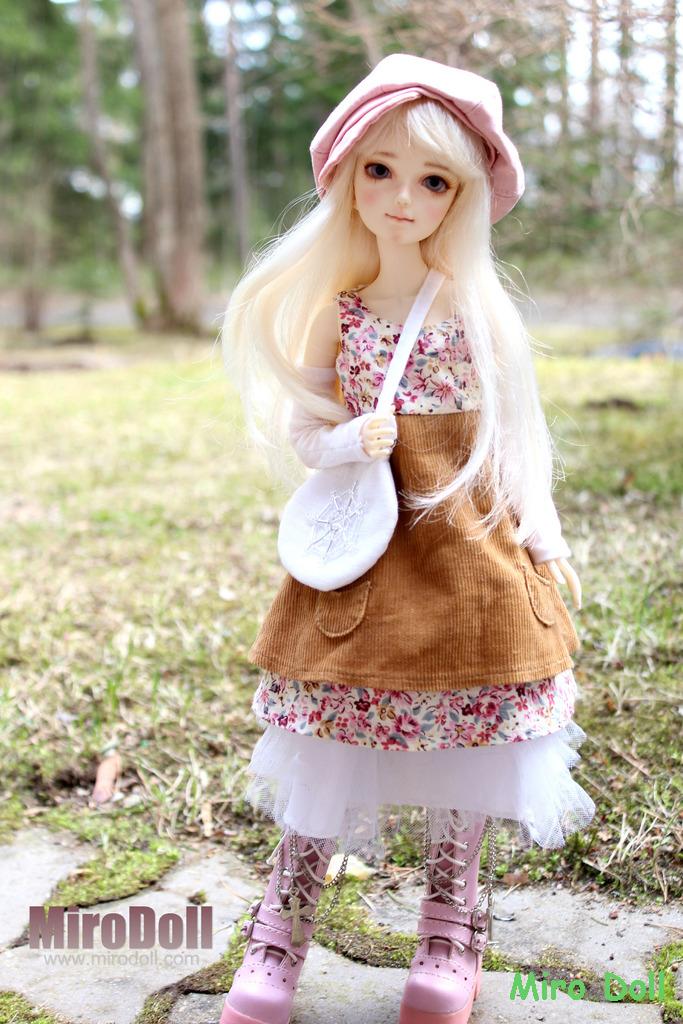 Lili of Spring 36