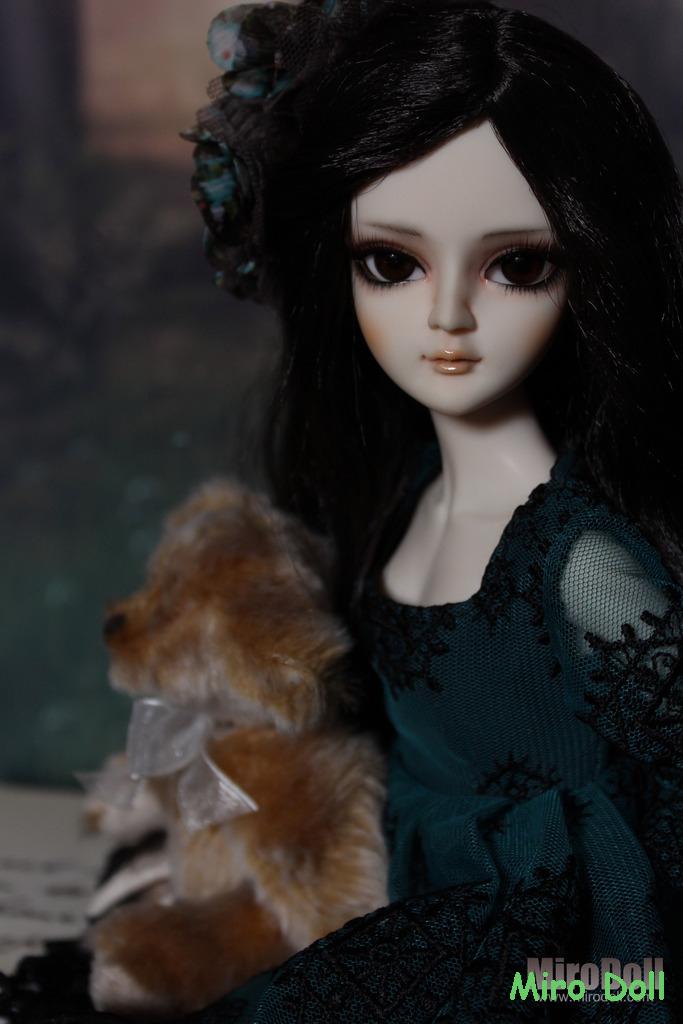 Brunette Yaya 4