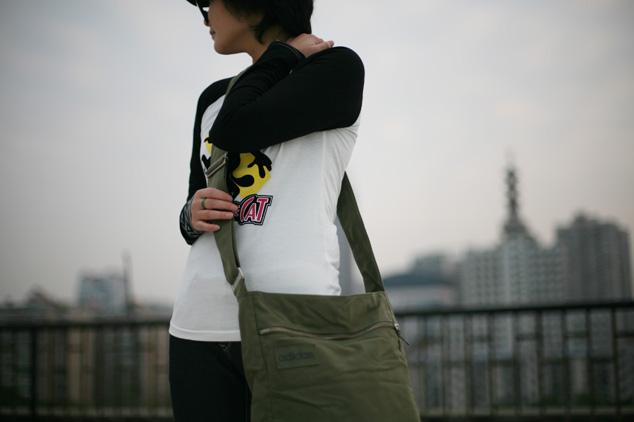 http://pic.yupoo.com/huangxiaomao/0825669dd4e1/tswmnx0c.jpg