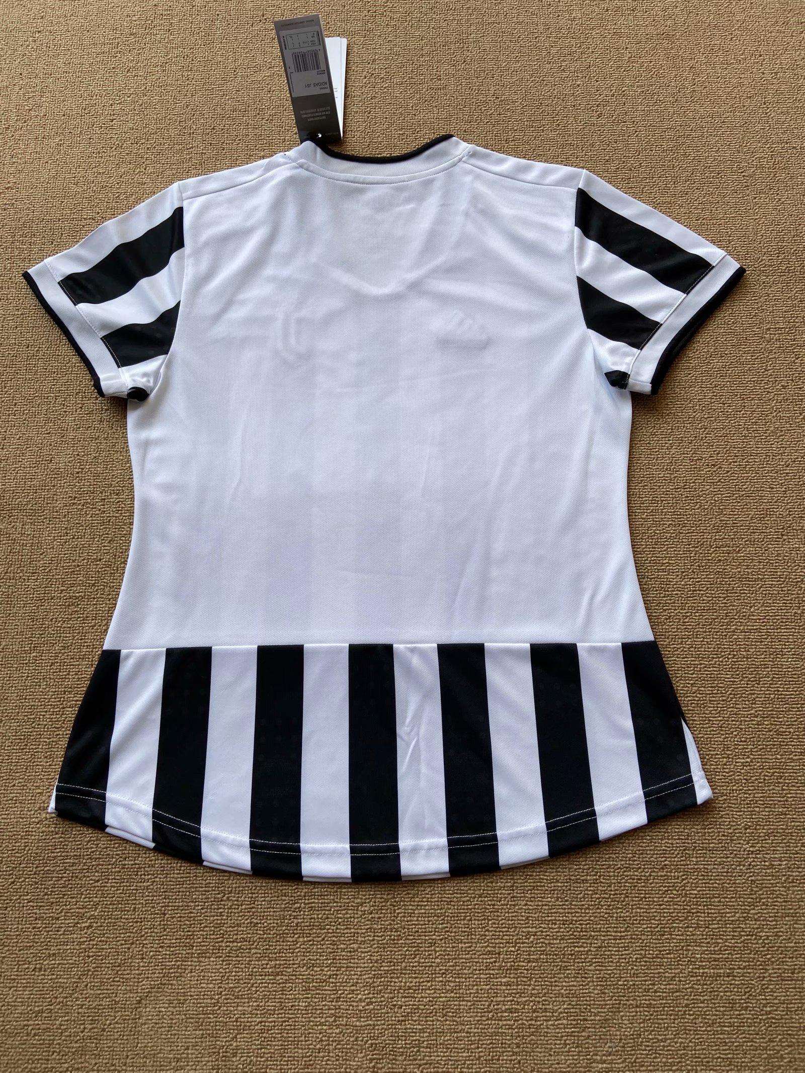 21-22-juventus-home-women-jersey-615.jpg