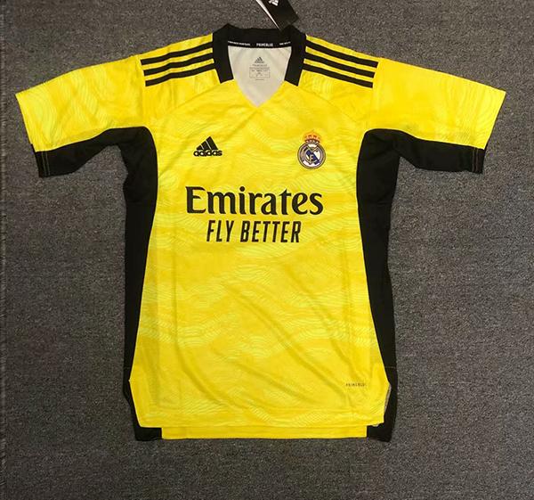 real-madrid-21-22-goalkeeper-football-jersey-214.jpg