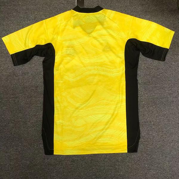 real-madrid-21-22-goalkeeper-football-jersey-215.jpg