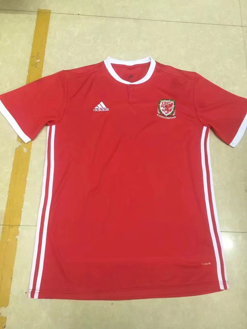 2018-world-cup-wales-home-football-jersey-6.jpg