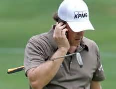 比赛期间使用手机
