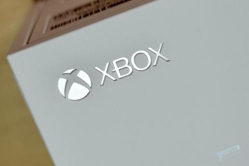 2399元拥抱次世代,性价比第一游戏机Xbox Series S降临