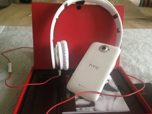 beats by dre solo hd with htc