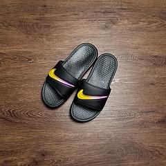 AJ6745-002!Nike Benassi Jdi SE!