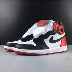 顶级更新版本! 乔丹1代 Air Jordan 1 satin WMNS BLACK TOE 丝缎黑脚趾 顶级更新版本 原装进口材料 货号CD0461-016 号码36-46 出货50