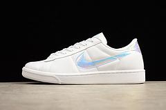 真标 Nike 男女鞋 Tennis Classic Premium 镜面 镭射尾 板鞋 844940-100 36-44