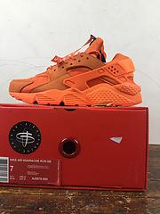 公司货 bet36是不是黑_英国bet36体育在线_bet36最新体育备用华莱士一代 原模具制 Nike Air Huarache Run QS City NYC 城市联名 橙色 AJ5578-800 过虎扑论坛