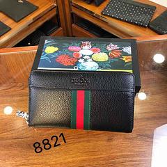 A3/GU*CI带盒 货号:8821 尺寸:22-12-2 材质:纯牛皮手包