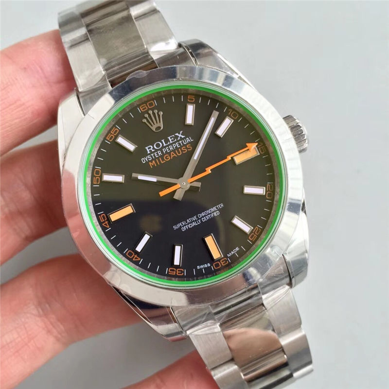 AR厂劳力士闪电针绿玻璃m116400gv-0001黑盘_复刻表与正品对比测评-第2张