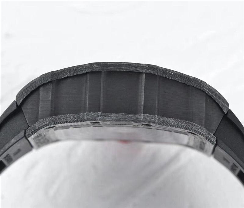 ZF厂理查德米勒RM35-02(NTPT碳纤维)_复刻表测评