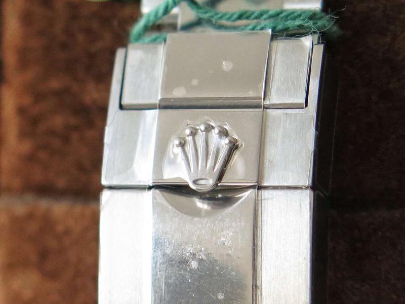 BL厂劳力士满钻迪通拿 表圈镶嵌有36颗长方形切割钻石_复刻表测评