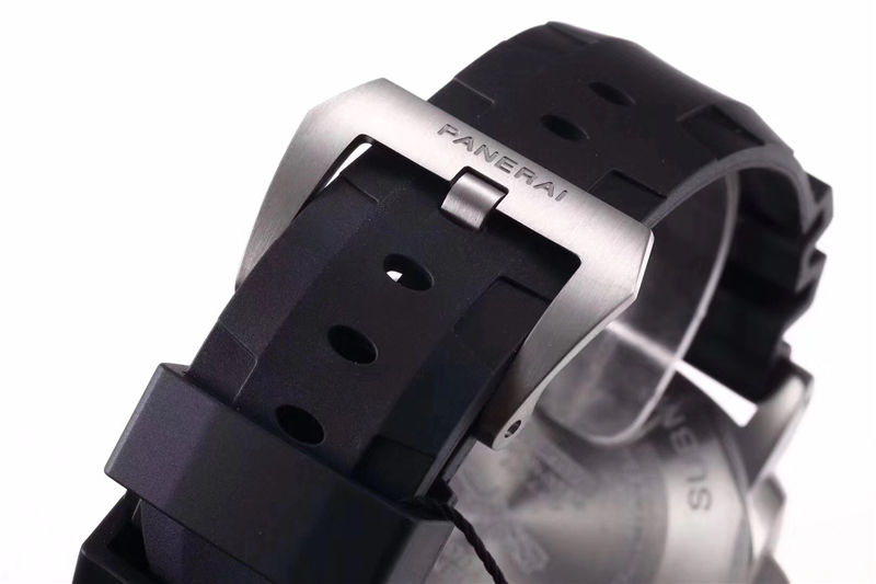 VS厂沛纳海pam799碳纤维表圈_复刻表测评