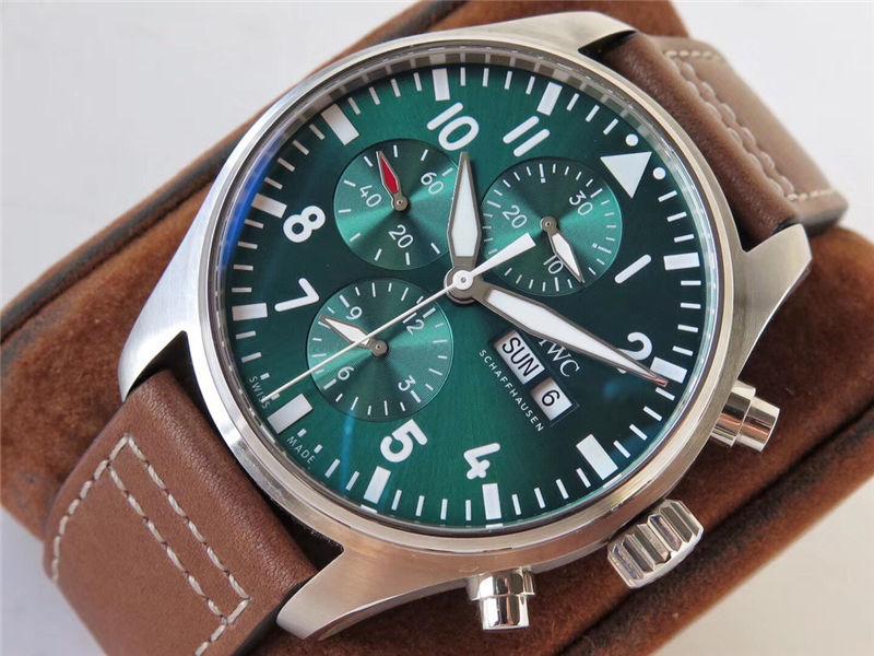 ZF厂万国飞行员计时IW377726赛车绿特别版腕表做工怎么样_复刻表测评
