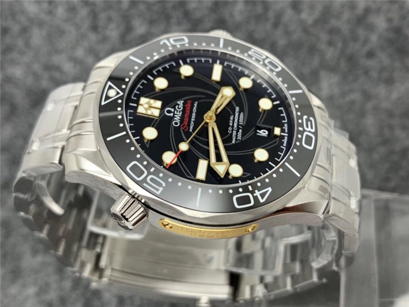 VS厂欧米茄海马300米007系列女王密使_复刻表测评
