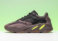 咖啡阿迪达斯 原盒真标带半码 Adidas Yeezy Boost 700系列 运动爆款推荐!36-46