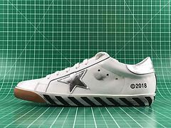 GoIden Goose/GGDB 经典款小脏鞋 最高工艺原版开模 主打自由随性 有一种不修边幅的酷感 特意做旧运动板鞋 高端柔软皮革 纯手工制作鞋底 工艺升级(区别市面广东生产一体成型鞋底)手工刷洗