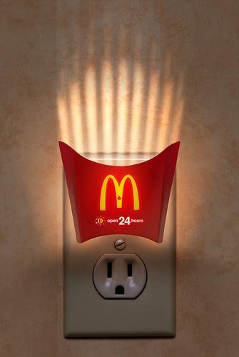 mcdonalds-night-light-original-16462