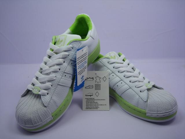 阿迪达斯三叶草 绿冰块女鞋