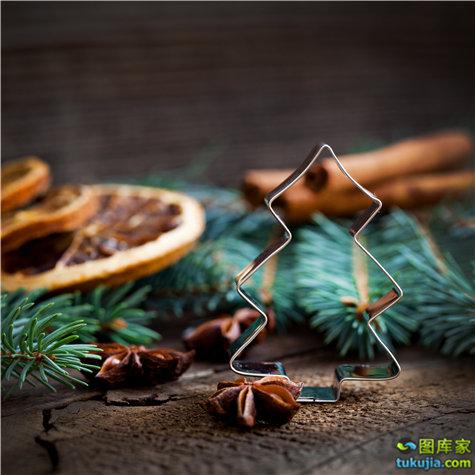 圣诞节素材 圣诞节图片 圣诞装饰 圣诞元素 圣诞树 彩球 JPG853