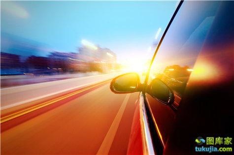 骑车 开车 第一视角 光影 动感 运动 飙车 驾车 JPG952