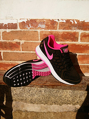 qq红包秒抢软件登月31代+反毛皮雕刻NIKE AIR ZOOM PEGASUS男女鞋 Nike Flyknit Lunarr黑桃36-39