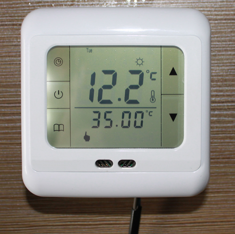 digital raumthermostat digitaler bodenf hler thermostat fu bodenheizung gr n ebay. Black Bedroom Furniture Sets. Home Design Ideas