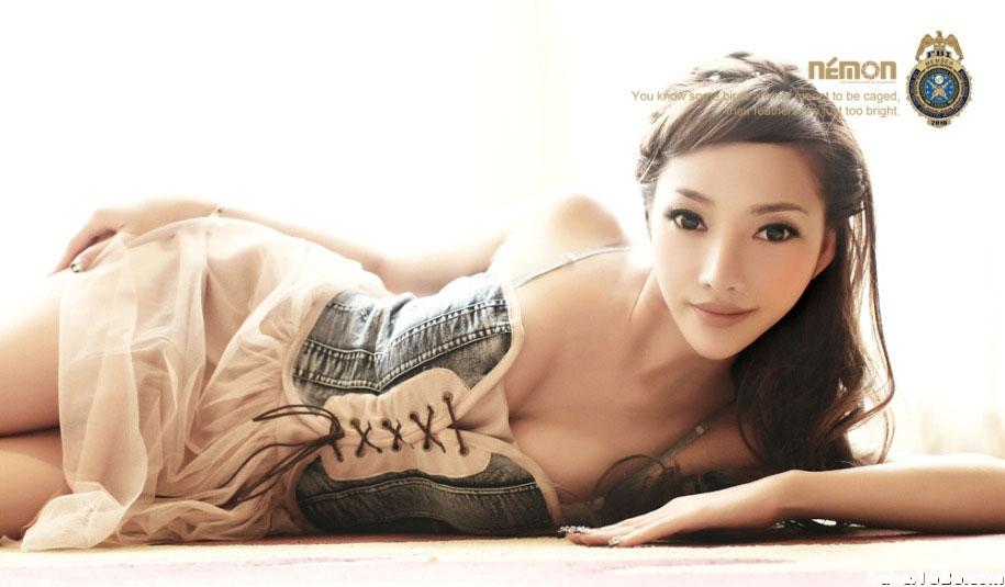 我是林娜冰http://tv.sohu.com/20150209/n408859483.shtml - 寒雪 -               寒雪 欢迎您