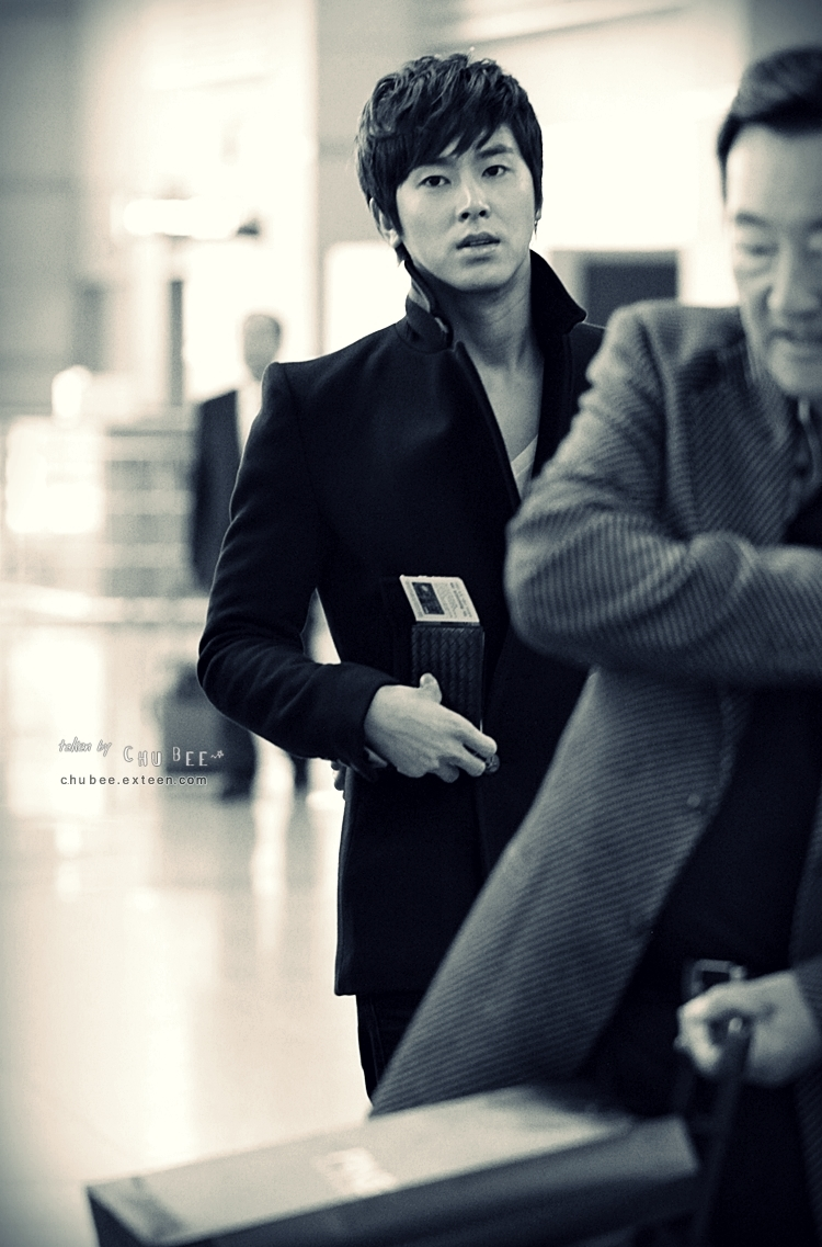 [Chubee]111031 Incheon Airport 004