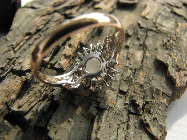 品名 天然翡翠A料 玫瑰彩金镶钻荧光玻璃种戒指