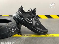 耐克网面瑞亚三代虎鲸NikeLegendReact3RunFearless2019设计上使用网眼材质打造鞋面编号0301JNS24QQP