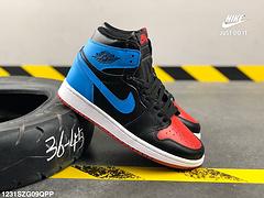 耐克乔丹一代AJ1NIKEAirJordan1黑蓝皮面高帮板鞋编号1231SZG09QPP