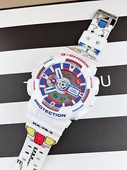 卡西欧G-SHOCK致敬动漫史诗—机动战士高达,卡西欧联名高达推出特别纪念款手表,配色经典,情怀满满。
