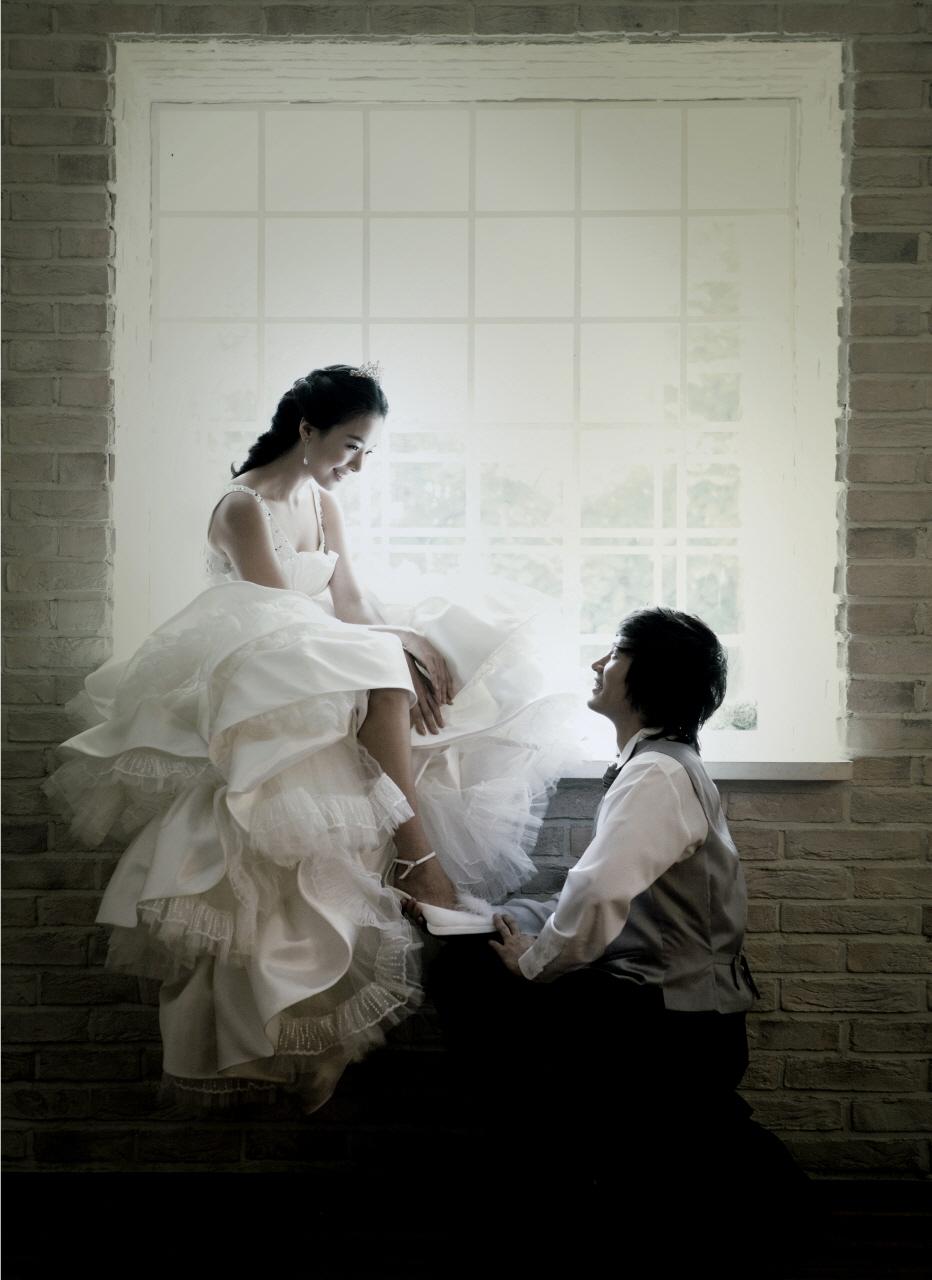 婚纱一帘幽梦,秋风十里柔情a