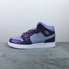 乔1反光紫变色龙3640AirJordan1MidGS货号AV5174400