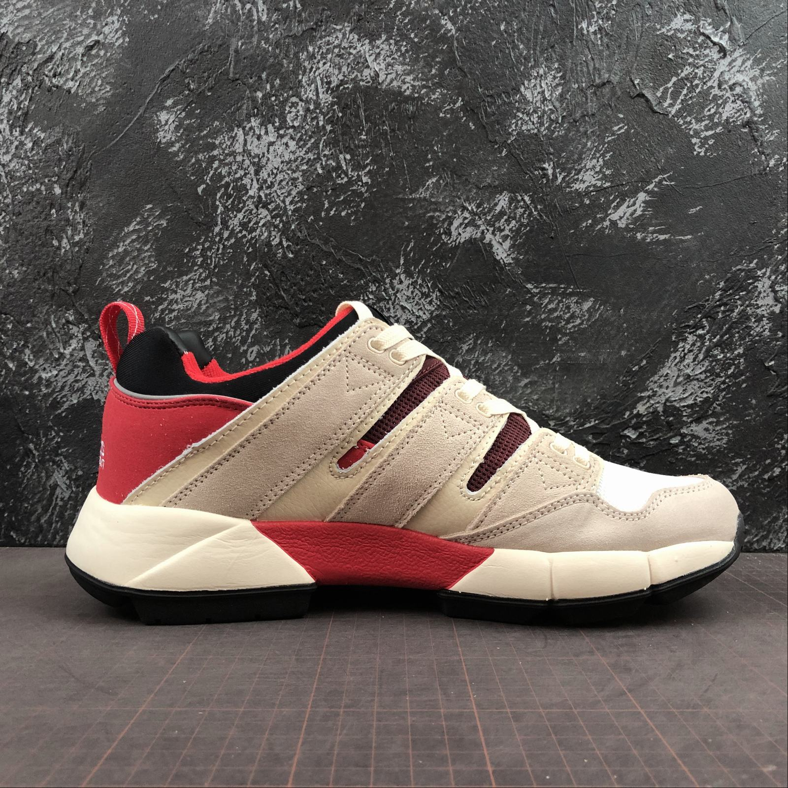 buy online bfde9 b06ad Adidas EQT Cushion 2 Pusha T 阿迪达斯复古休闲跑步鞋DB2717-超 ...