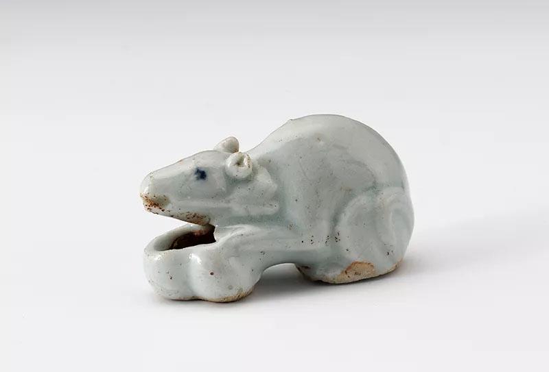 抱腮耳面相_灵鼠兆丰年:上海博物馆鼠年迎春特展 - 每日环球展览 - iMuseum
