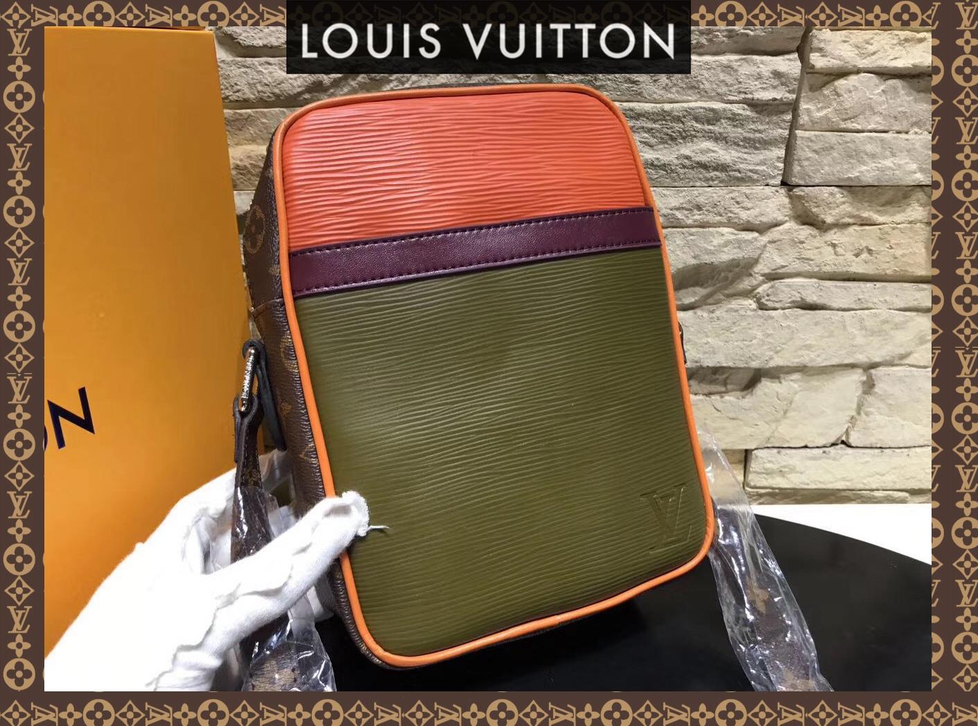 6565f9d1bb1a Mens Danube PM Messenger Bag Eclipse M53423 for sale