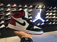 乔丹AirJordanaj1AJ1乔丹1代乔1AJ1男鞋篮球鞋乔丹1代高帮AirJordan1OGHighBlackToe乔1白黑红5550881844047