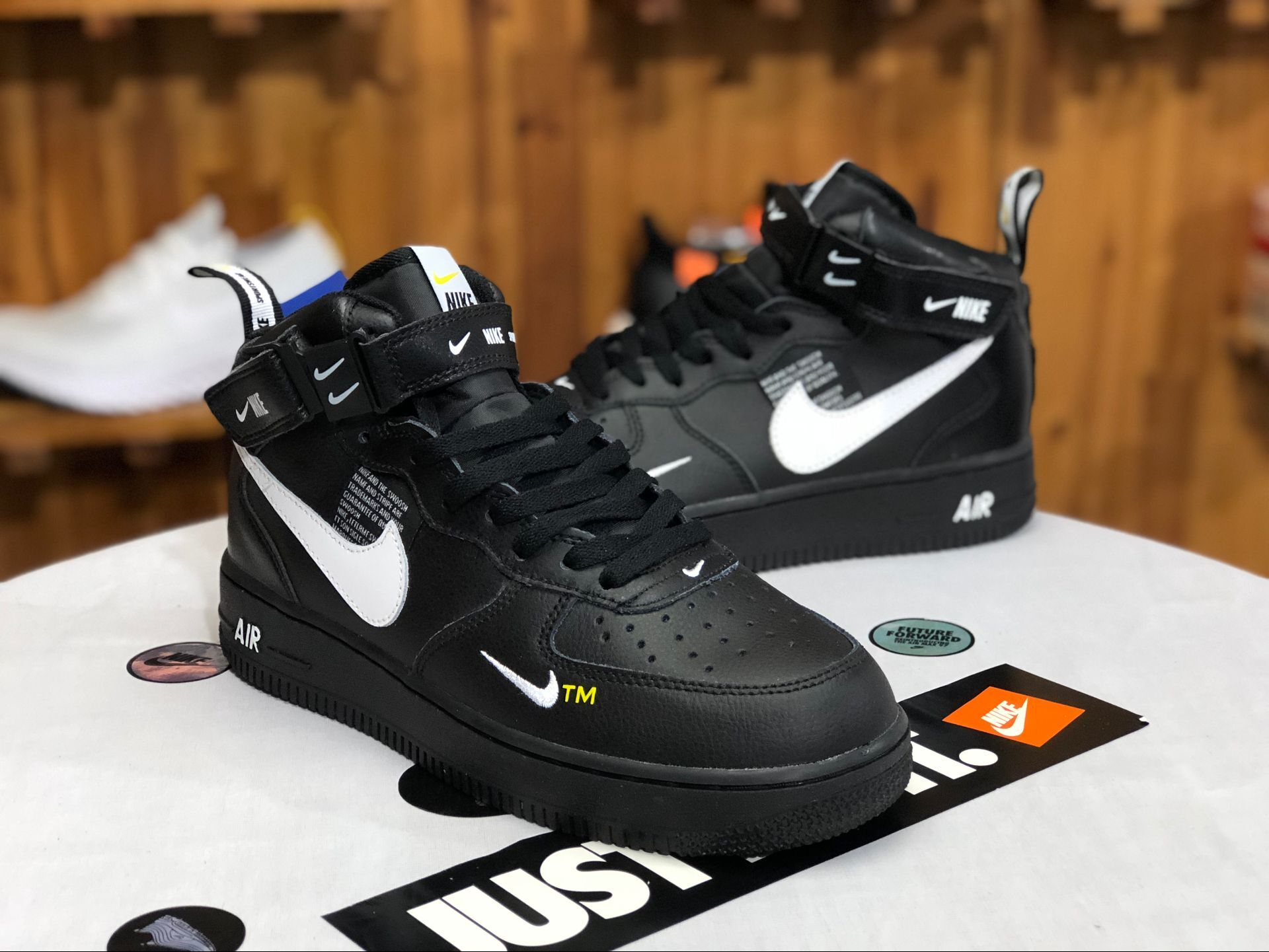huge discount 36bfb fae9b nike lebron lcon qs x john elliott 807480 004 yupoo  nike air force 1 af1  deconstruction lite ow black and white air force high no.